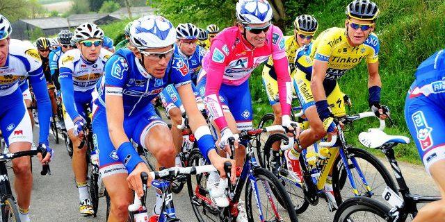 Passage de la course cycliste «Les 4 jours de Dunkerque»